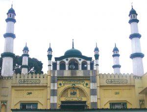 Ahmadiyya_Muslim_Mosque,_Kampala