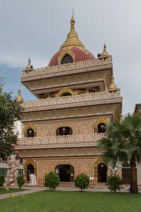 Penang_Malaysia_Dhammikarama-Burmese-Buddhist-Temple-06